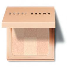 BOBBI BROWN Пудра компактная Nude Finish Illuminating Powder