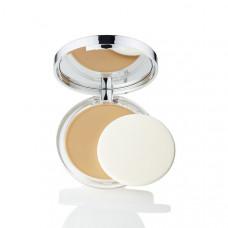 CLINIQUE Легкая компактная пудра с антиоксидантами Almost Powder Makeup SPF 15